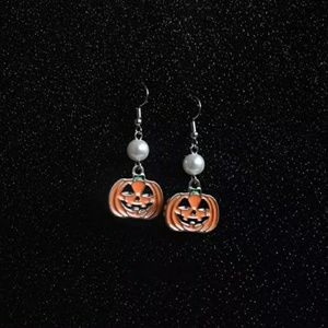 Jack-O-Lantern & Faux Pearl Earrings